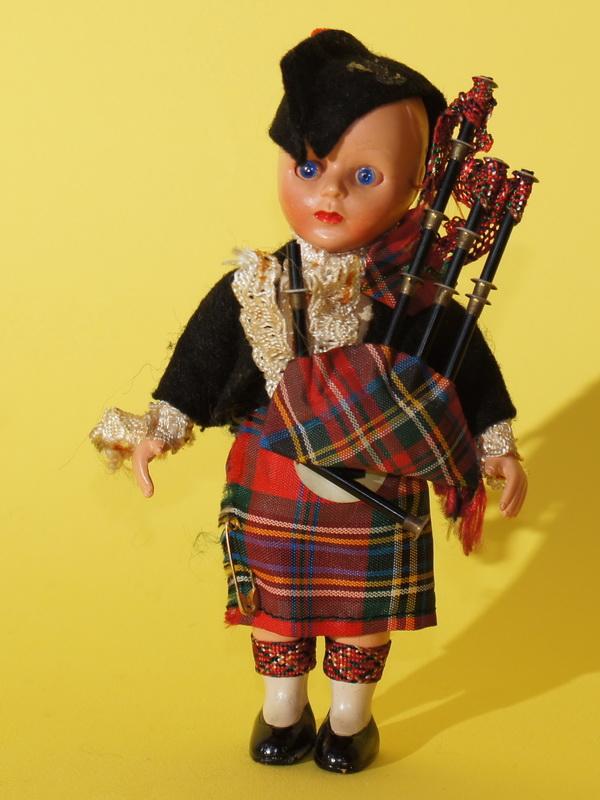 Английская кукла, 16 см
