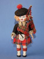 Английская кукла с клеймом, 15 см